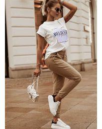 Дамска тениска в бяло с принт  - код 5579