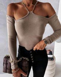 Атрактивна дамска блуза с голи рамене в бежово - код 12049 - лице