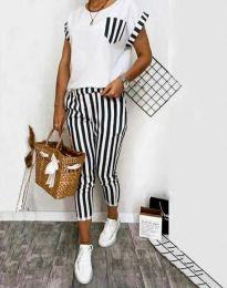 Дамски комплект тениска и панталон в широко черно райе - код 5210