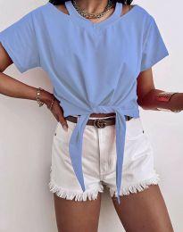 Ефектна дамска тениска в светлосиньо - код 11669