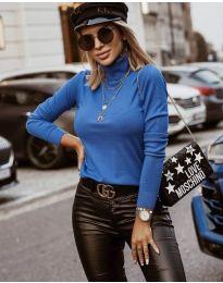 Bluza - koda 8861 - 4 - svetlo modra