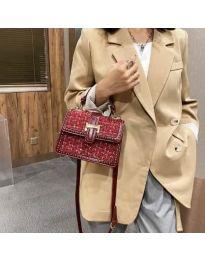Дамска чанта в бордо с капак и две дръжки - код B60