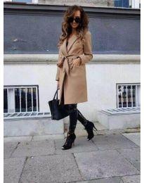 Елегантно дамско палто с колан в цвят капучино - код 7940