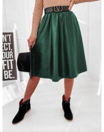Кокетна разкроена пола в тъмно зелено - код 6767