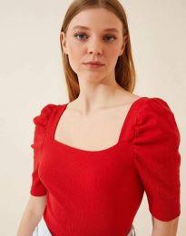 Дамска блуза с атрактивни ръкави рипс в червено - код 1300