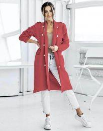 Ефектна дълга плетена дамска жилетка с копчета в червено - код 8411