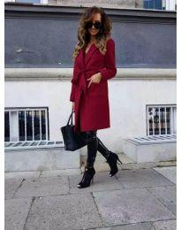 Елегантно дамско палто с колан в цвят бордо - код 7940