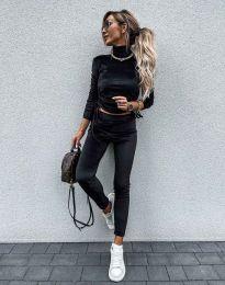 Дамски комплект блуза с поло яка и втален панталон кадифе в черно - код 4871 - лице