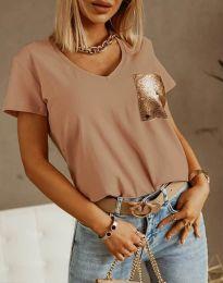 Бежова тениска с ефектен джоб - код 11631