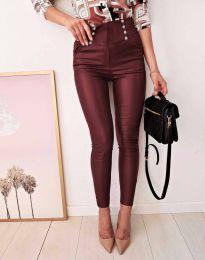 Втален дамски кожен панталон в бордо - код 9823