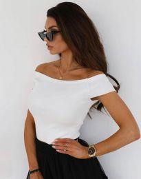 Къса дамска тениска с паднали рамене в бяло - код 10011