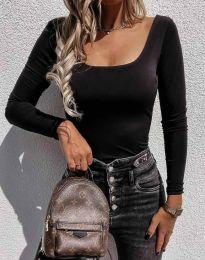 Bluza - koda 4833 - črna