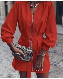 Obleka - koda 820 - rdeča