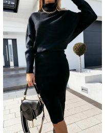Изчистен дамски комплект блуза и пола в черно - код 4196