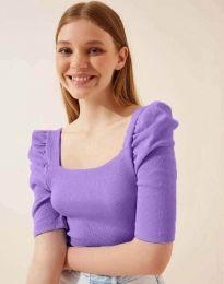 Дамска изчистена блуза с атрактивни ръкави рипс в лилаво - код 1300